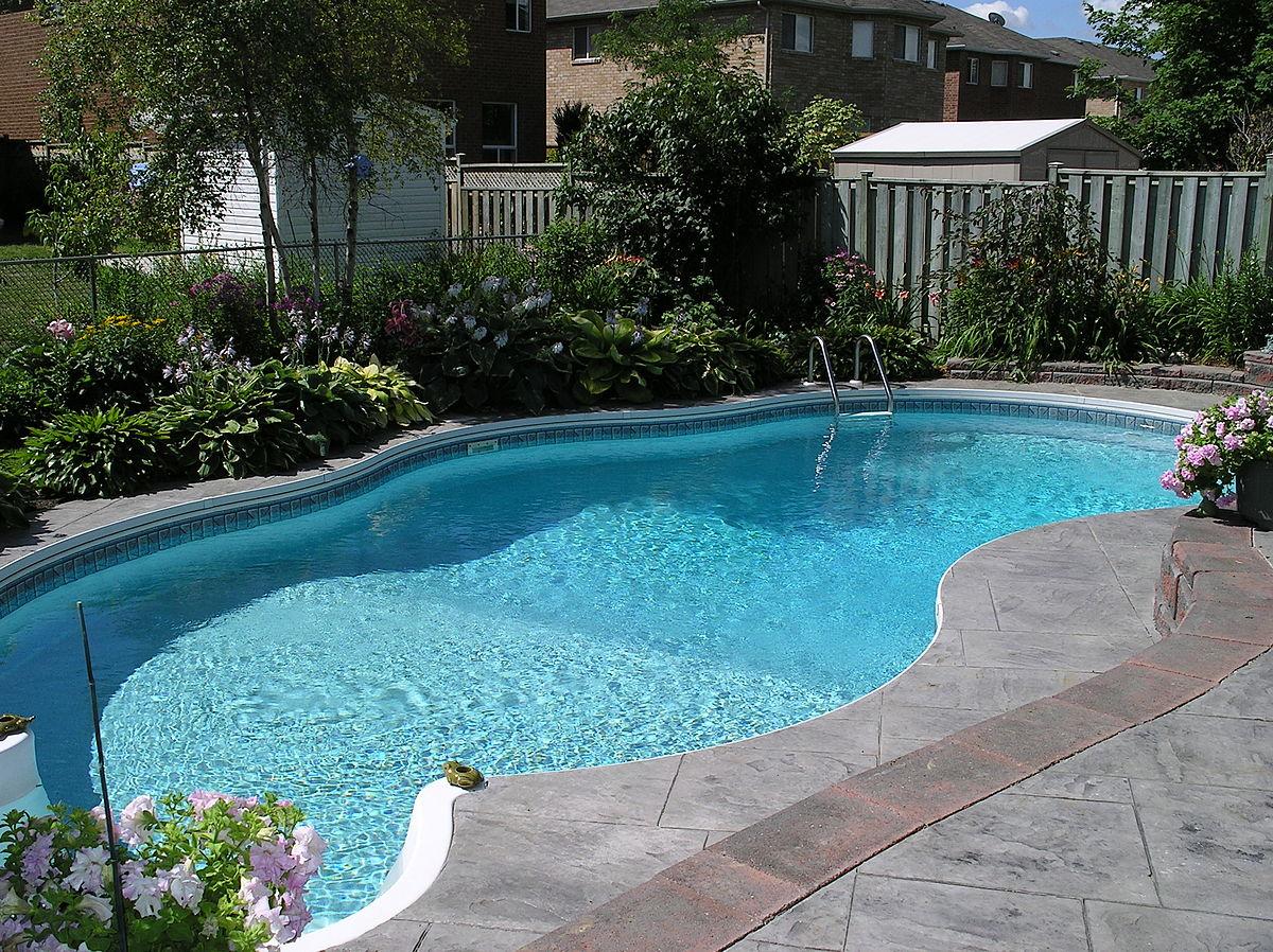 Automatisation de la piscine détectant les niveaux de chlore.